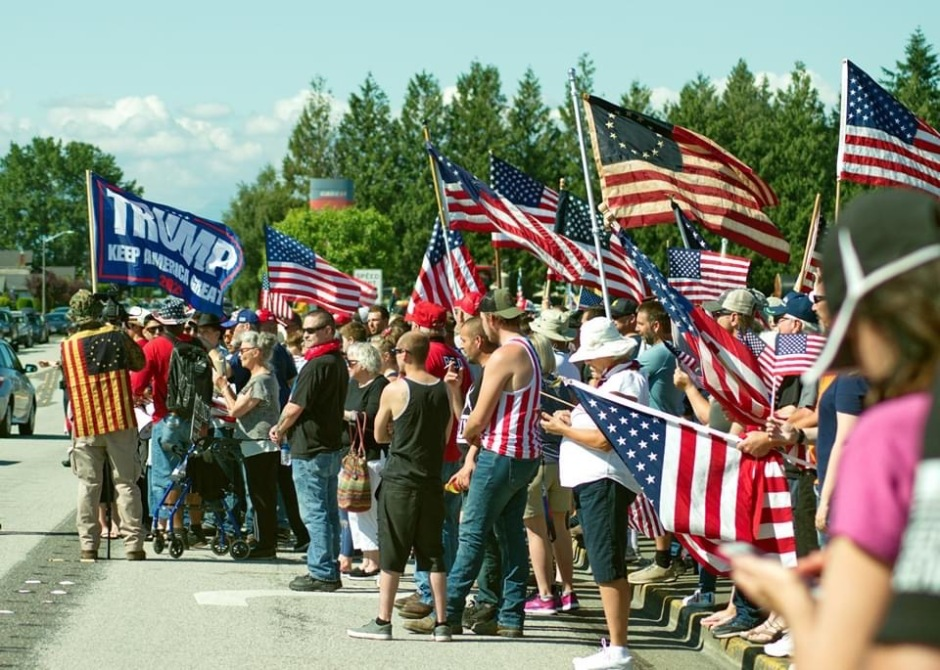 Flags and Trump Flag Lynden 070520