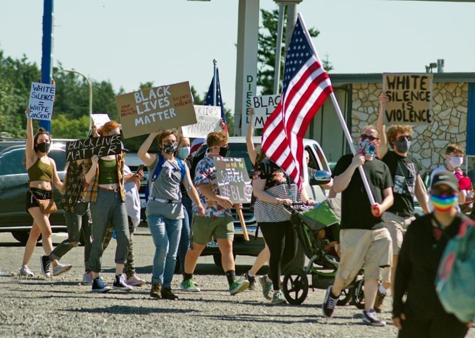 Marchers with signs for Black lives Lynden 070520